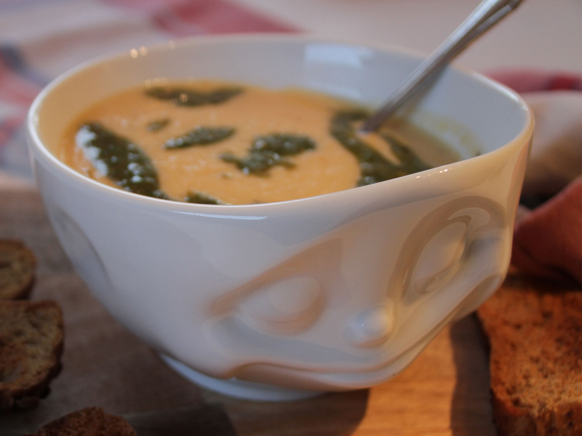 Cremige-Blumenkohl-Kokosmilch-Suppe
